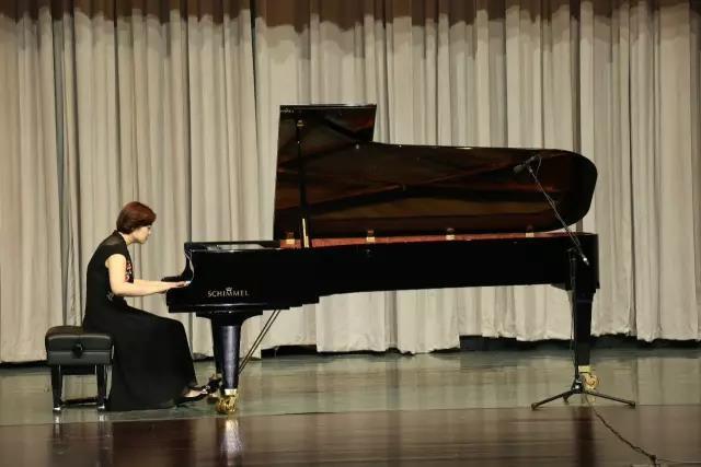爵士&古典 2017年德国schimmel钢琴中国巡回音乐会南京站华丽开启!